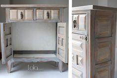 #Mueble #taquillón #castellano #restaurado. www.lolagranado.com Transforming Furniture, Chalk Paint Projects, Home Decor Furniture, Restoration, Vanity, Bedroom, Diy, Shape, Sectional Furniture