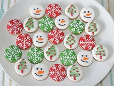 25 new Ideas for cupcakes decorating christmas sweets Cute Christmas Cookies, Christmas Snacks, Xmas Cookies, Christmas Gingerbread, Christmas Baking, Mini Cookies, Fancy Cookies, Iced Cookies, Cookies Et Biscuits