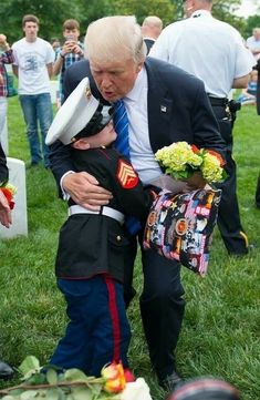 President Trump is compassionate and this picture is absolutely beautiful! ❤️❤️