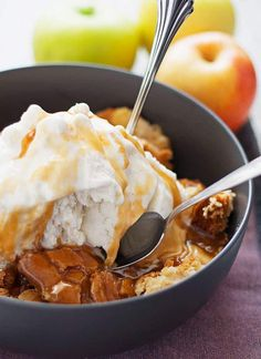 This apple cake sundae is a fun and easy fall dessert. Hot apple cake is topped with creamy vanilla ice cream and drizzles of caramel!