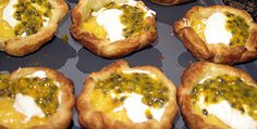 Tarts with lemon curd and passionfruit