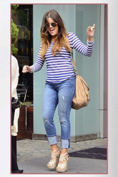 Seen on Celebrity Style Guide: Khloe Kardashian wore a Whetherly Rosewood Net Stripe Top, Current/Elliott Beatnik Jean in Carousel and Alejandro Ingelmo Spider Wedge Sandals at the Gansevoort hotel in New York City (April Khloe Kardashian Style, Koko Kardashian, Estilo Kardashian, Kardashian Fashion, Kardashian Photos, Kardashian Jenner, Fashion Week, Fashion Outfits, Fashion Styles