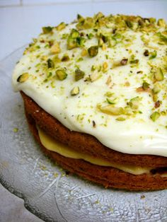 Flora's Famous Courgette Cake (by Nigella Lawson) Substituted with gf flour, and half coconut sugar. Lime curd recipe from Martha Stewart Courgette And Lemon Cake, Courgette Cake Recipe, Zucchini Cake, Green Zucchini, Cake Recipes, Dessert Recipes, Lime Cake, Curd Recipe, Recipe Filing