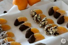 You can still keep a strong finger-foods game this holiday season without overindulging. Here are a few better-for-you appetizer ideas plus the world's easiest recipe for Chocolate Dipped Clementines. So good, so simple to make! Chocolate Dip Recipe, Chocolate Dipped, Dessert Chocolate, Bebe Shower, Baby Shower Fun, Fall Appetizers, Appetizer Ideas, Orange Party, Homemade Baby Foods