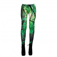 JUNGLE LEGGINS Our collection of unique leggings with orginal prints  #leggings #print #yogapants #pants #green #legginsy #getry #unikatowe #nadruki #kolekcja #dzungla #jungle #projekty #spodnie #drukowane #nadruk #brzozowska #brzozowskafashion