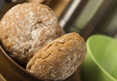 Celozrnné žitné bulky Whole Grain Wheat, How To Make Bread, Bakery, Muffin, Cooking, Healthy, Breakfast, Easy, Recipes