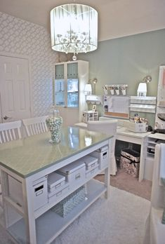 Pretty craft room/office