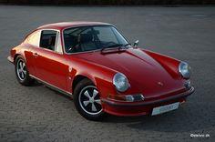 Early Porsche 911 2.4S - 1972