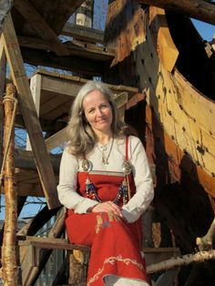 Apron Dress Expert - This is Nille Glæsel. She has worked with Viking clothing the past 18 years and has made reconstructions for the Viking Museum, Lofotr. Author of book Viking: Dress, Clothing, Klaer, Garment (English and Norwegian Edition) She went to court in 2012 because she was sued by a woman who claimed to have exclusive rights to any reconstruction of the Viking apron dress (how crazy is that?)