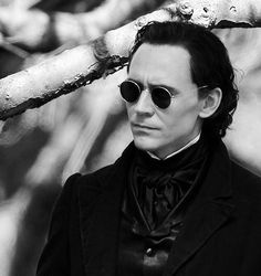 Tom Hiddleston on the set of Crimson Peak,