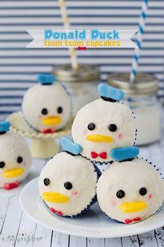 Donald Duck Tsum Tsum Cupcakes