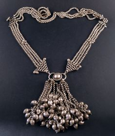 Rajasthan old silver necklace, India | ethnicadornment