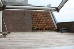 Spacious roof terrace. (Vierwindenstraat 1013 CW Amsterdam | Expat Housing)