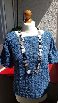 Catelyn creations pull bleu crochet1
