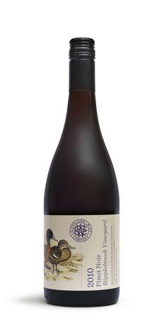 Gippsland WineCompany - The Dieline -