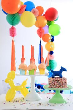 Pretty Princess Cake Stand Castle party ideas Pinterest Pink