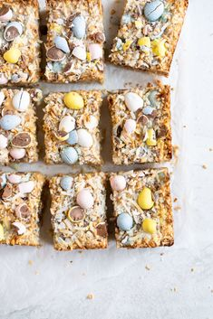 Mini egg magic bars are the ultimate easter baking treat Easter Recipes, Dessert Recipes, Dessert Bars, Holiday Recipes, Cake Recipes, Shortbread, Easter Treats, Easter Candy, Easter Chocolate