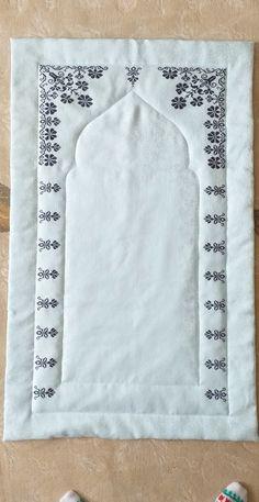 Cross Stitch, Herb, Cross Stitch Embroidery, Border Tiles, Embroidery, Punto De Cruz, Seed Stitch, Cross Stitches, Crossstitch