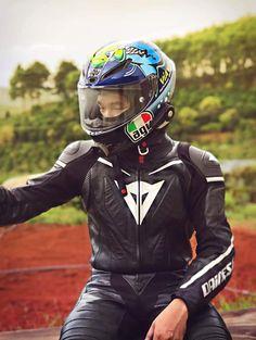 Motorcycle Wear, Motorcycle Jackets, Full Face, Biker, Helmet, How To Wear, Leather, Style, Fashion
