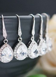 earring sets for bridesmaids. love these!