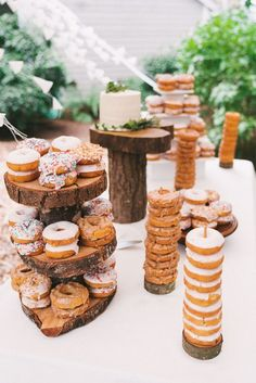 Woodland wedding cake donut wedding display / http://www.deerpearlflowers.com/rustic-wedding-details-and-ideas/2/