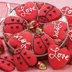Send your love bug a batch of gourmet cookies this Valentines Day! Valentines Day Cookies, Valentines Day Gifts For Her, Valentine Crafts, Cookie Bakery, Gourmet Cookies, Cookie Gifts, Food Gifts, Food Gift Baskets, Heart Cookies