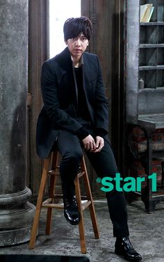 LEE SEUNG GI'S SPREADS IN @STAR1