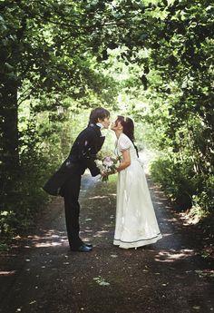 So cute Jane Austen wedding pic Keywords: #weddings #jevelweddingplanning Follow Us: www.jevelweddingplanning.com  www.facebook.com/jevelweddingplanning/