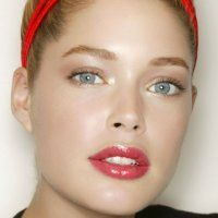 Les 10 façons d'utiliser la vaseline en cosmétique ! Effet flow pour Ismene