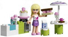 LEGO Friends® - 3930 Stephanie's Outdoor Bakery is a summer hit.