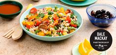 Orzo Village Salad with Olive Dressing Vegan Side Dishes, Rice Dishes, Casserole Dishes, Healthy Food Choices, Healthy Recipes, Savoury Recipes, Ww Recipes, Healthy Options, Orzo Pasta Recipes