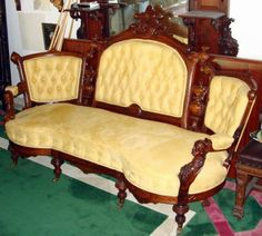 if only i had a sitting room. Victorian Sofa, Victorian Furniture, Settee Sofa, Armchair, Couch, Bedroom Sitting Room, Master Bedroom, Take A Seat, Love Seat