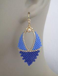 Items similar to Russian Leaf Earrings - Blue on Etsy Beaded Necklace Patterns, Beaded Earrings Native, Seed Bead Earrings, Leaf Earrings, Diy Earrings, Crochet Earrings, Seed Beads, Bracelet Wrap, Bead Loom Bracelets