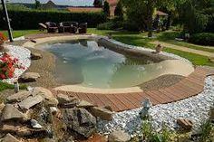 Výsledek obrázku pro malé zahrady s bazenem Beautiful Pools, Fence Gate, Oasis, Backyard, Beach, Garden, Outdoor Decor, Nature, Pool Ideas