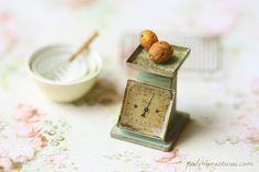 Dollhouse Miniature - Vintage Kitchen Scale in Turquoise-dollhouse miniature vintage kitchen scale