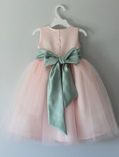 The Alexis Dress: Handmade flower girl dress by SaskiaDankbaar