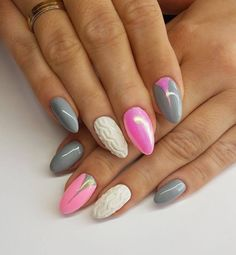 Structure, smoothness, shine and gleam in one. Stylization by Nails Company