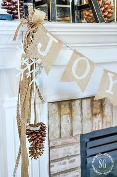 picture-of-a-burlap-bunting-pinecones-and-a-snowflake