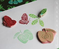 http://lovebirdstationery.files.wordpress.com/2011/01/stamp_butterfly_apple_leaf.jpg%3Fw%3D584