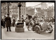 Shorpy Historical Photo Archive :: Traffic Squad Parade: 1908