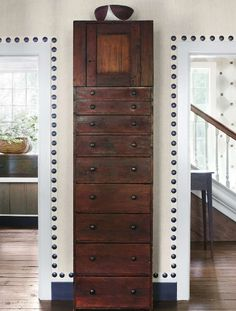 Nancy Braithwaite Design - Atlanta Home - Veranda Nail head trim around the door openings, fun idea for Alyssa's bedroom perhaps! Knotty Pine Kitchen, Samuel And Sons, Bernhardt Furniture, Wall Trim, Atlanta Homes, Elements Of Style, Nailhead Trim, Wall Treatments, Decoration