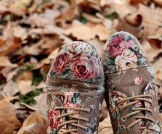 Boho ... rose painted boots