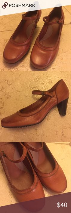 Sweet Clarks ❤️ MaryJane heels, like Anthropologie Lovely and comfortable leather Mary Jane heels with a strap! Worn only once, zero flaws. Fits like a true size 7.5, marked as Clarks UK 4.5 Clarks Shoes Heels