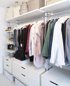 There's a nice organization system, which makes getting dressed a dream. But, we know it didn't always look this, so you can copy this ideas of small walk-in closets layout for you and fit it to your spaces.