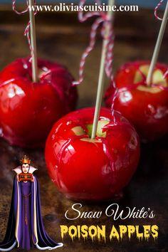 Halloween Recipes From the Disney Gourmet Series – Snow White's Poison Apples – www. Snow White Poison Apple, Snow White Apple, How To Make Poison, Apple Recipes, Holiday Recipes, White Desserts, Snow White Birthday, Poison Apples, Disney Food