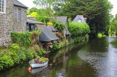 Pontrieux via Shutterstock