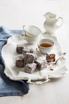Recipe: Margaret Fulton's lamingtons: The Queen of Australian baking shares her lamington recipe with Vogue Living. Delicious Chocolate, Chocolate Desserts, Delicious Desserts, Chocolate Icing, Chocolate Heaven, Quick Easy Healthy Meals, Good Healthy Recipes, Entree Recipes, Dessert Recipes