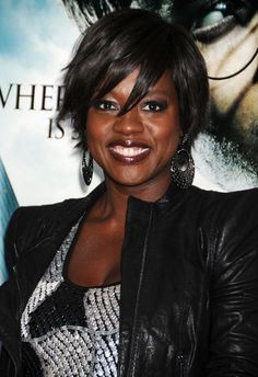 Viola Davis short black hairstyle