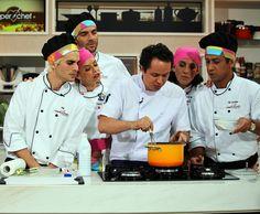 No 'Super Chef', Raphael Despirite dá aula sobre Suflês