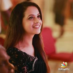 South Indian Actress, Beautiful Indian Actress, Beautiful Actresses, Famous Indian Actors, Indian Actresses, Bhavana Actress, Girls Frock Design, Costumes Around The World, Fashion Poses